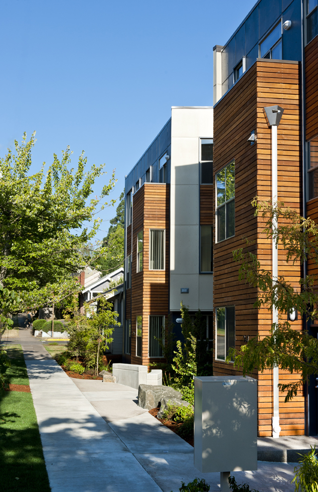 SOLSTICE_MULTIFAMILY_EXTERIORSIDEWALK_SMALL