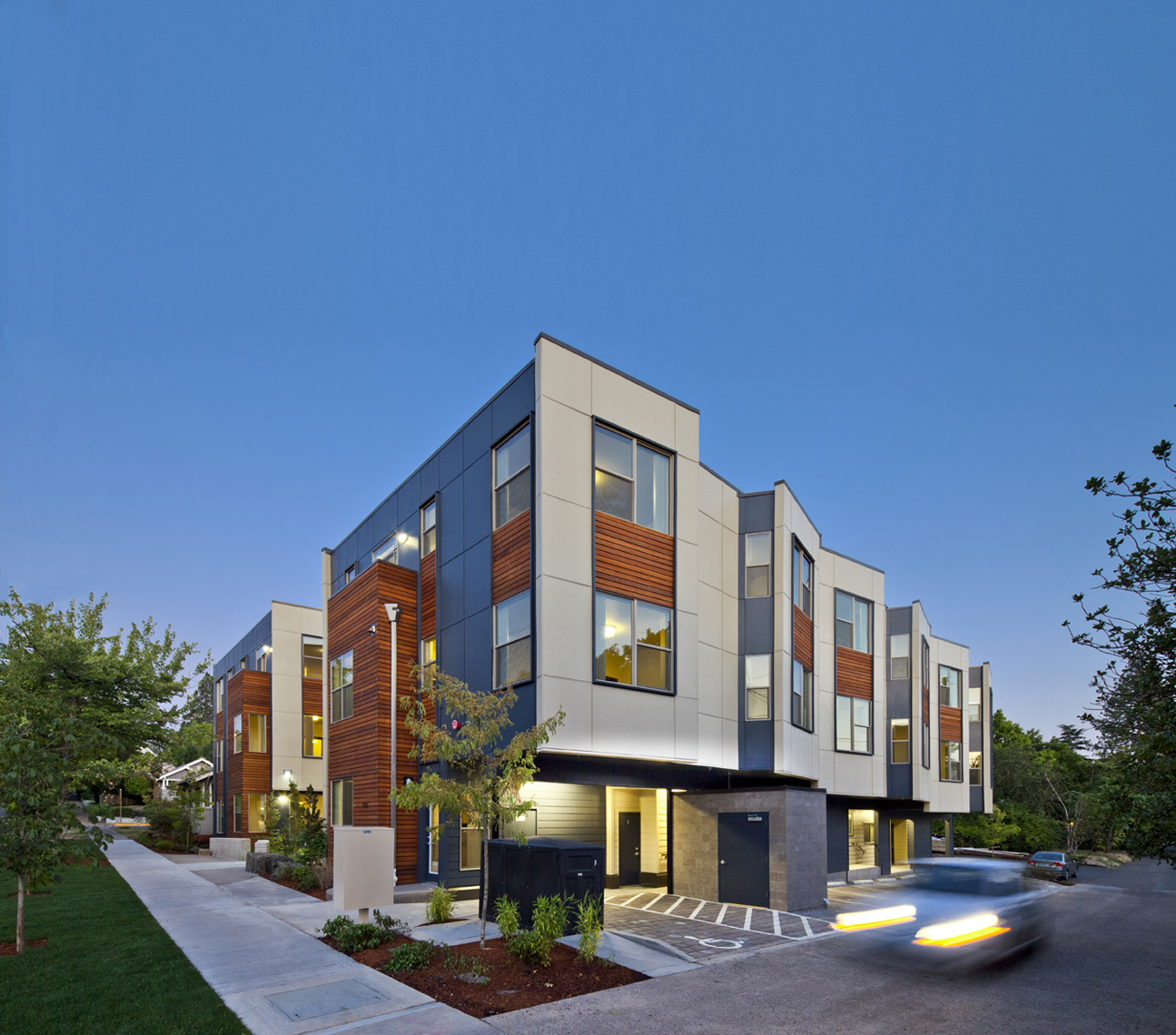 SOLSTICE_MULTIFAMILY_MAIN_SMALL