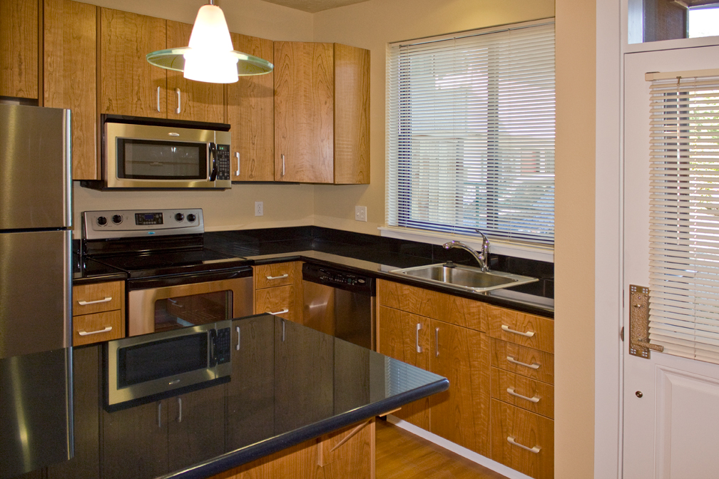ST_MULTIFAMILY_KITCHEN_SMALL